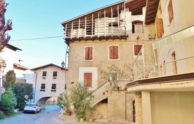 Casa Indipendente da ristrutturare in vendita Rif. 5003454