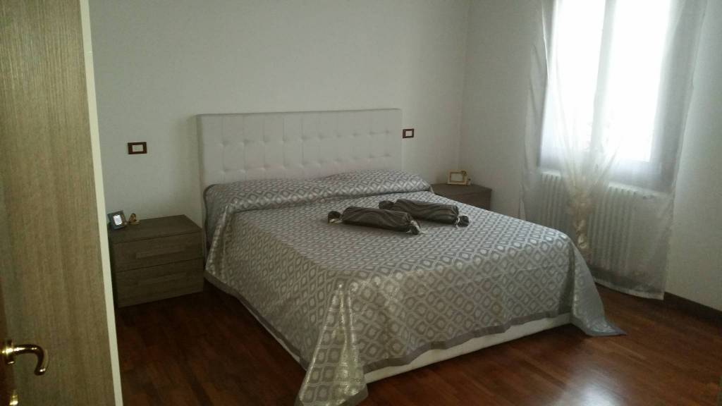 Appartamento in ottime condizioni parzialmente arredato in affitto Rif. 8464403