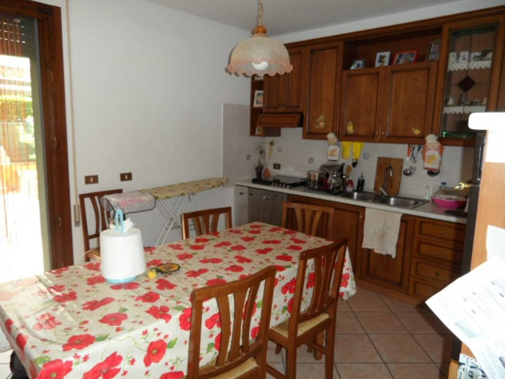 Villa in buone condizioni in vendita Rif. 5819965