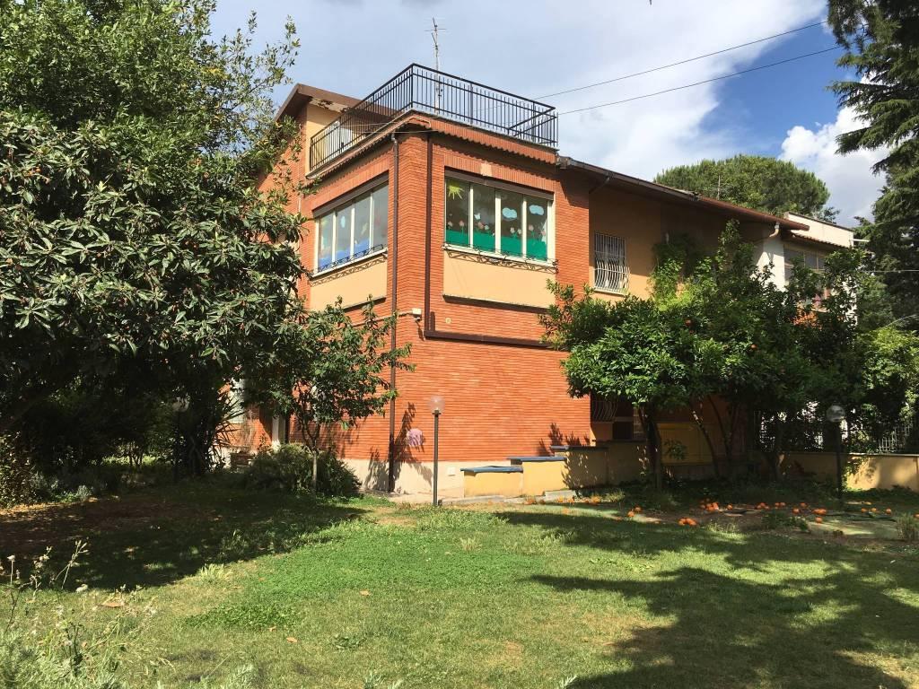 Villa in vendita a Guidonia Montecelio, 6 locali, prezzo € 329.000 | CambioCasa.it