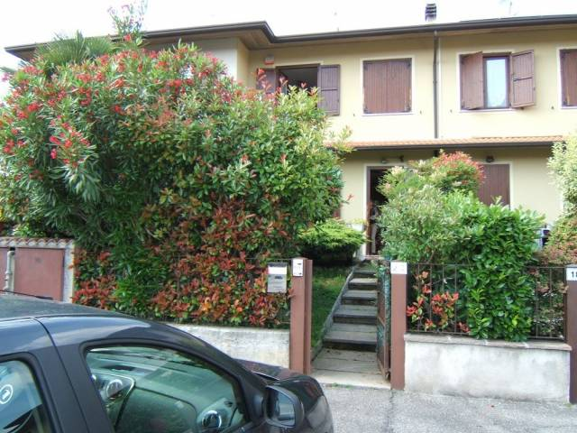 Soluzione Indipendente in vendita a Rodengo-Saiano, 3 locali, prezzo € 235.000 | Cambio Casa.it