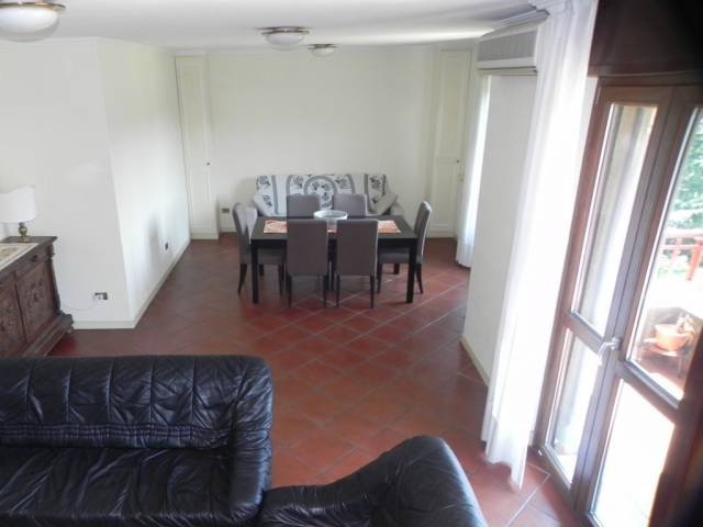 Appartamento in ottime condizioni arredato in affitto Rif. 5962535