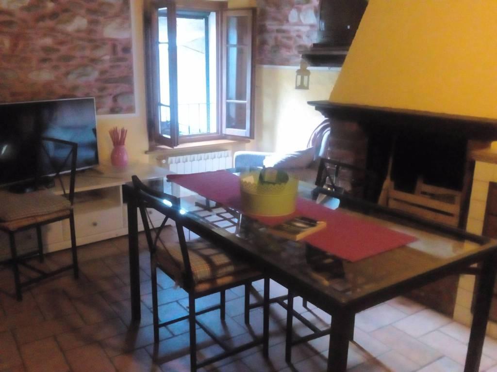 Appartamento in ottime condizioni arredato in affitto Rif. 9245877