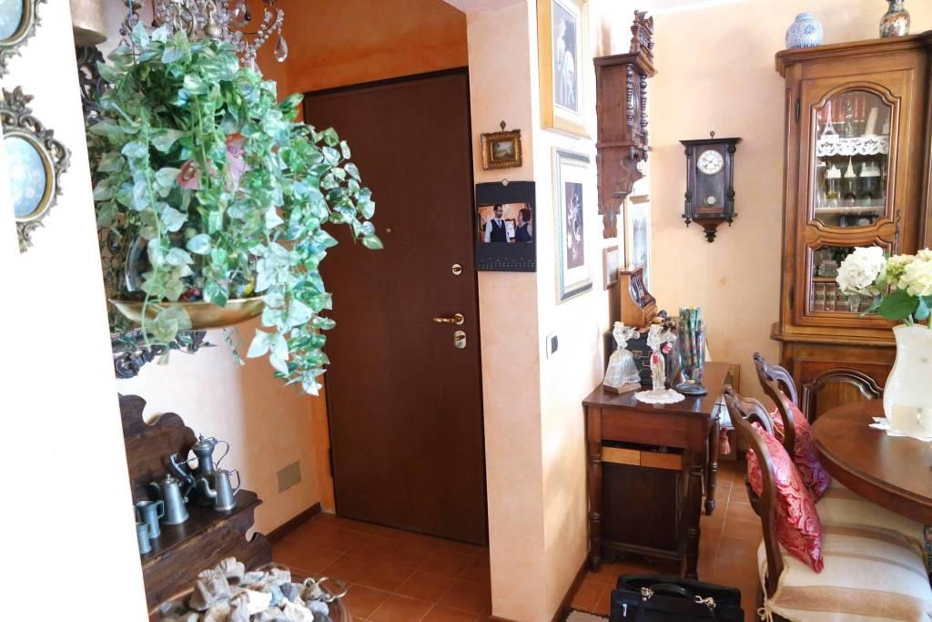 Appartamento in vendita a Vercelli, 22 locali, prezzo € 120.000 | CambioCasa.it