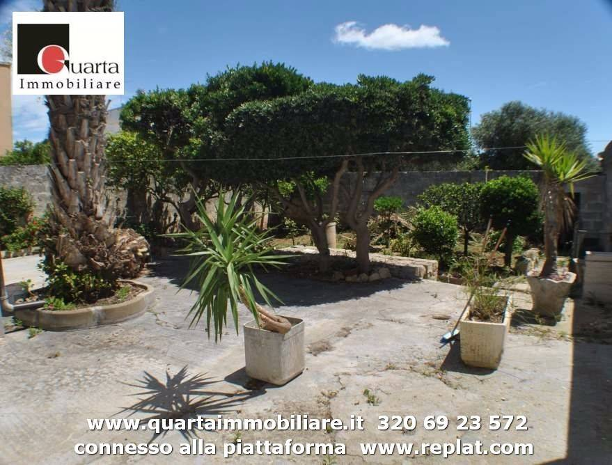 Villa in Vendita a Lecce Periferia: 3 locali, 175 mq