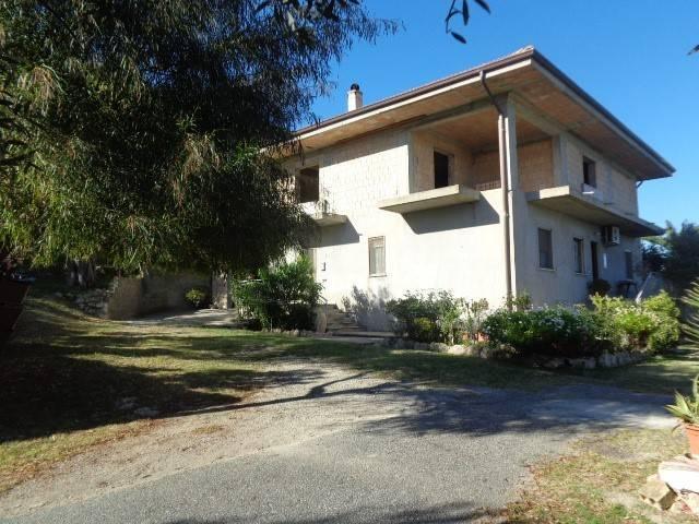 Villa 6 locali in vendita a Marina di Gioiosa Ionica (RC)