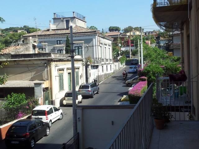 Bilocale Catania Via Galermo 3