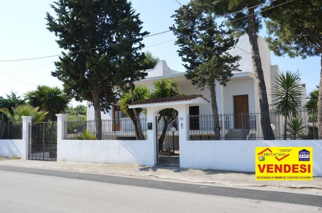 Villa in buone condizioni in vendita Rif. 4366478