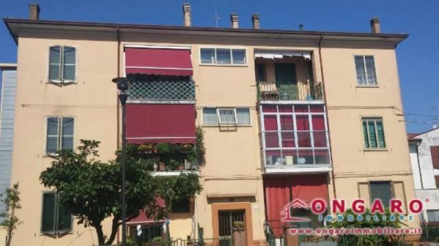 Appartamento in buone condizioni arredato in vendita Rif. 4323310