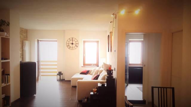Appartamento in ottime condizioni in vendita Rif. 4986996