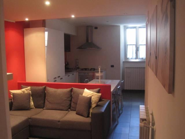 Appartamento in ottime condizioni in vendita Rif. 4251245