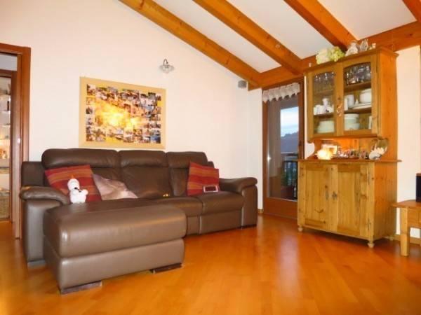 Appartamento in ottime condizioni arredato in vendita Rif. 4961483