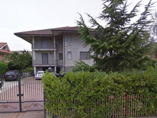Appartamento in vendita a San Francesco al Campo, 6 locali, prezzo € 70.000 | CambioCasa.it