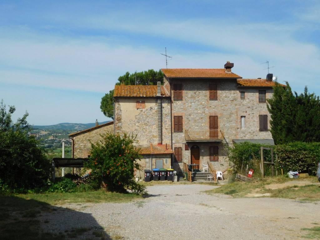 Rustico in Vendita a Monteleone D'Orvieto Periferia: 5 locali, 218 mq