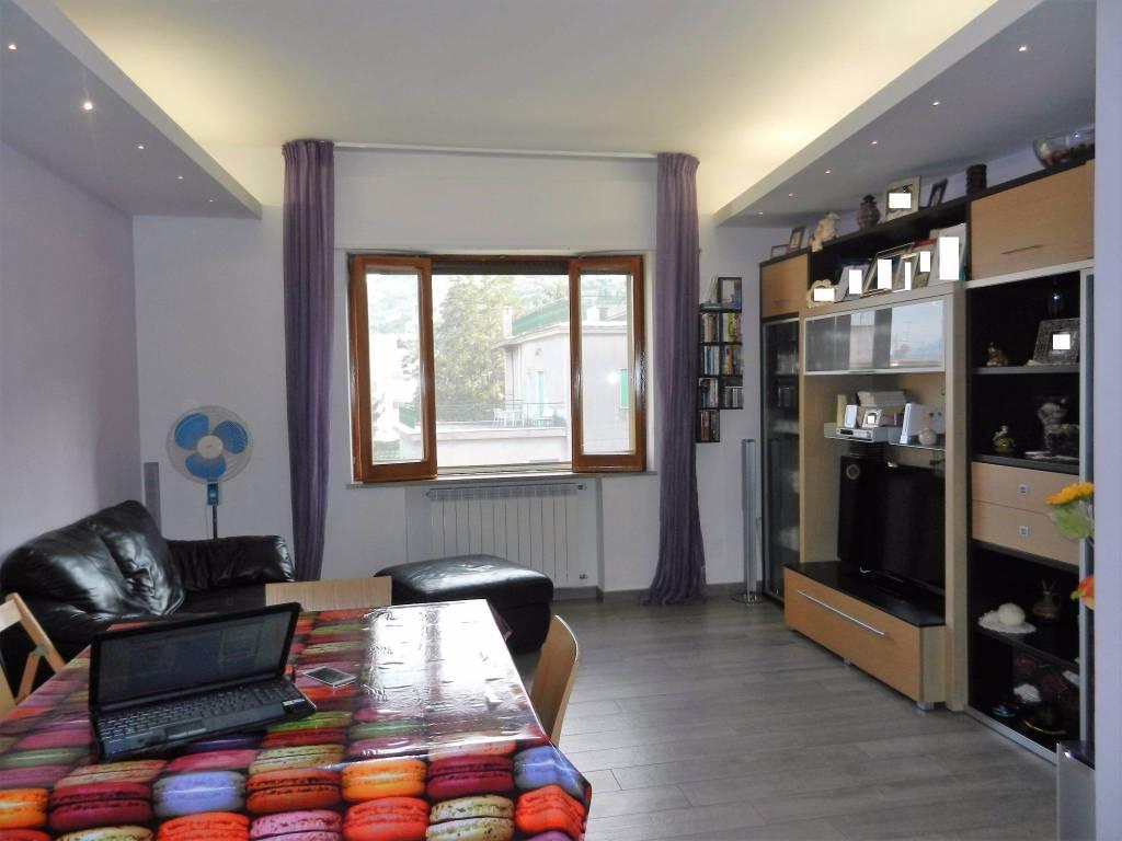 Appartamento in vendita a Vico Equense, 3 locali, prezzo € 470.000 | CambioCasa.it
