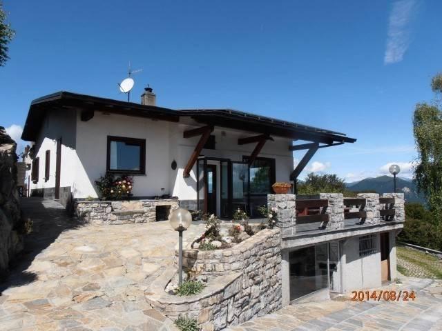 Villa in ottime condizioni arredato in vendita Rif. 4221004