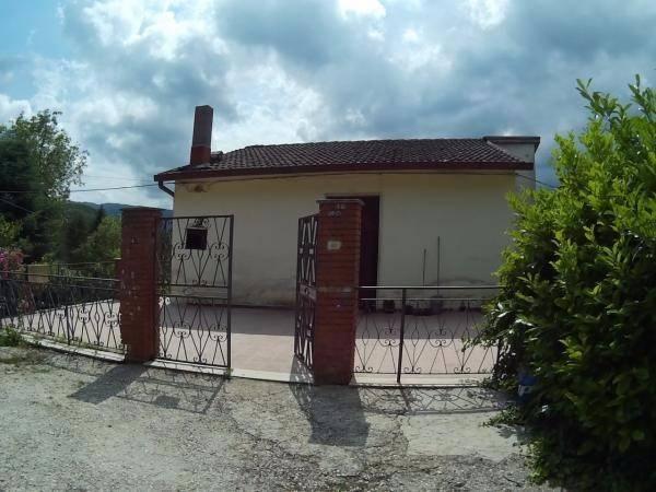 Villa trilocale in vendita a Borgorose (RI)