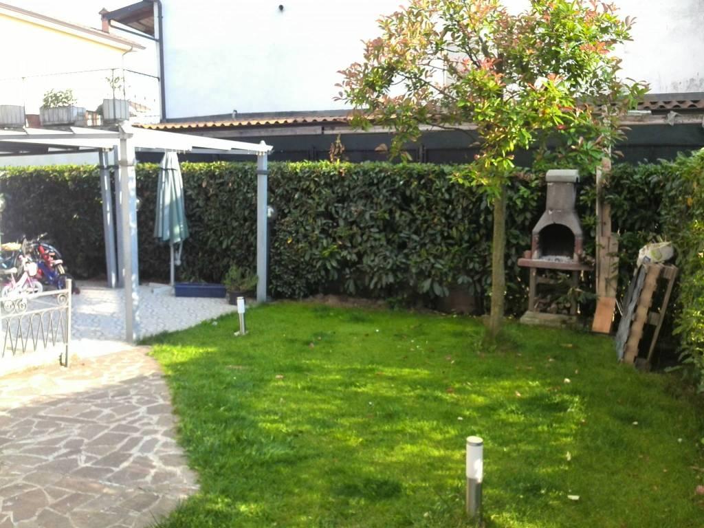 Villa in Vendita a Vigolzone Periferia: 4 locali, 150 mq
