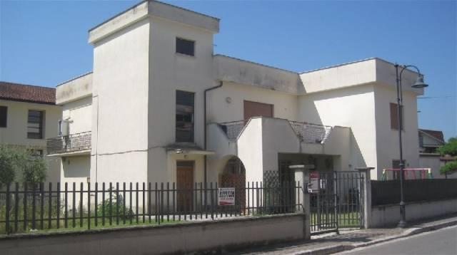 Appartamento in affitto a Piedimonte San Germano, 1 locali, prezzo € 300 | CambioCasa.it