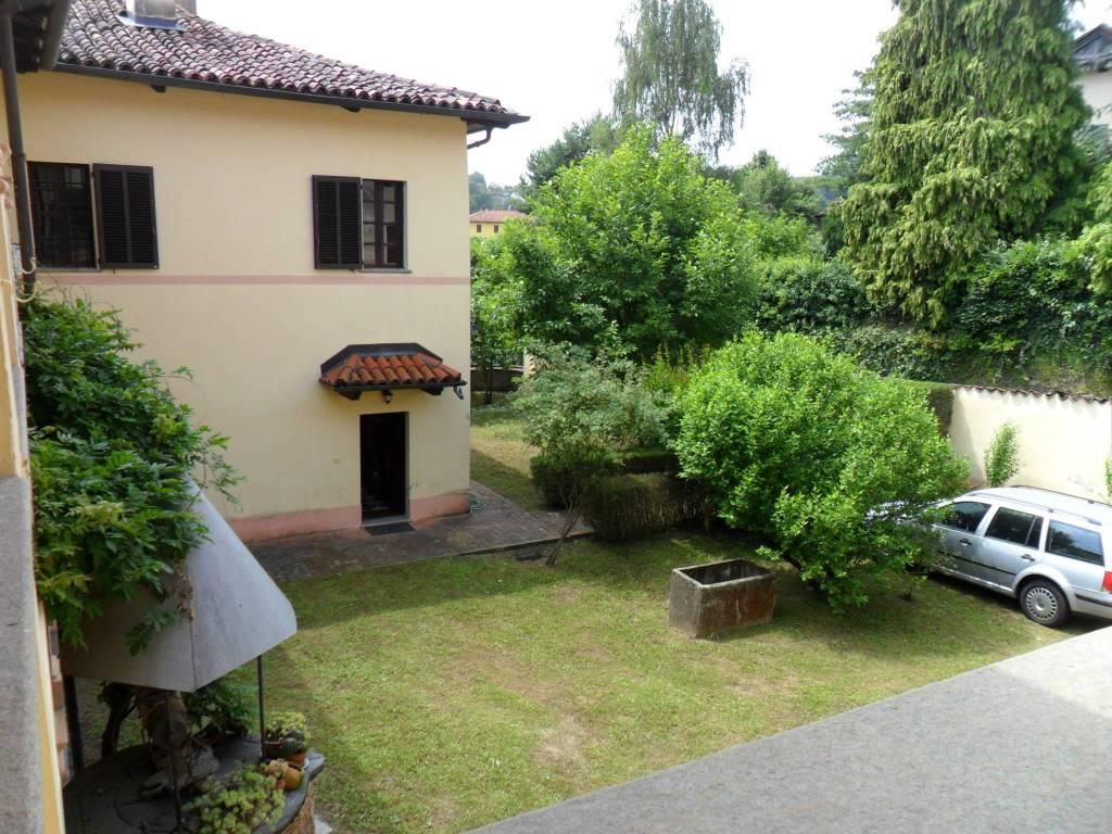 Villa in ottime condizioni parzialmente arredato in vendita Rif. 4866380