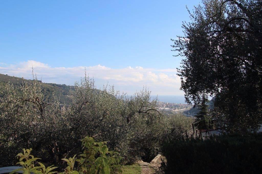 Villa in vendita a Camporosso, 5 locali, prezzo € 600.000   PortaleAgenzieImmobiliari.it