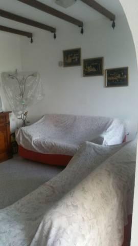 Appartamento in buone condizioni arredato in vendita Rif. 4950108