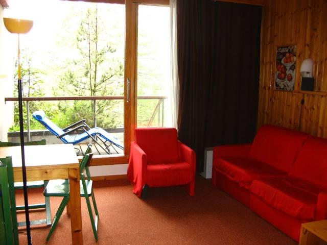 Appartamento in ottime condizioni arredato in affitto Rif. 4330573