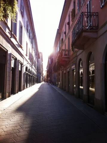 Palazzo-stabile Vendita Pavia