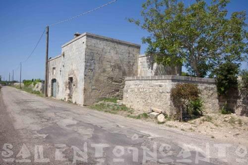 Rustico / Casale da ristrutturare in vendita Rif. 5085621