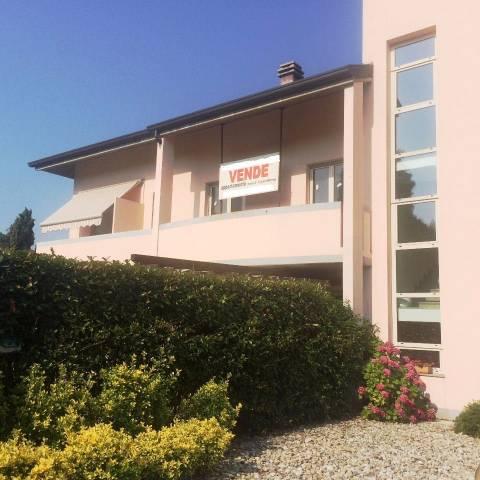 Appartamento in vendita a Albese con Cassano, 3 locali, prezzo € 292.000 | CambioCasa.it