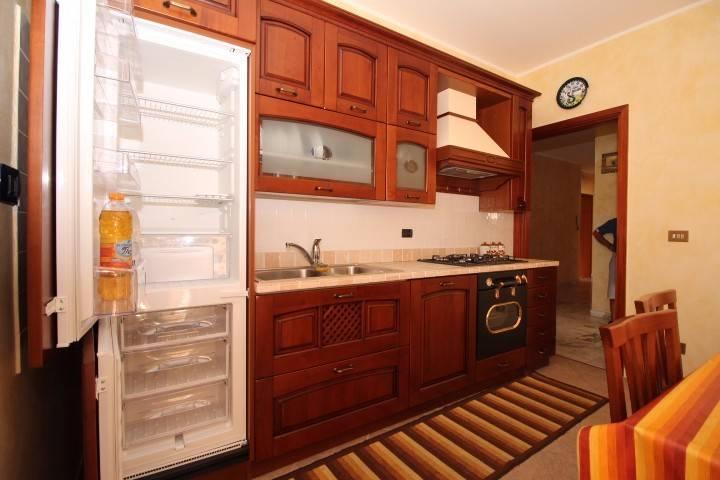 Appartamento in buone condizioni arredato in vendita Rif. 5199521