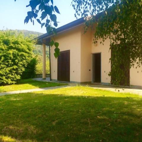 Villa in vendita a Tavernerio, 6 locali, prezzo € 530.000 | CambioCasa.it