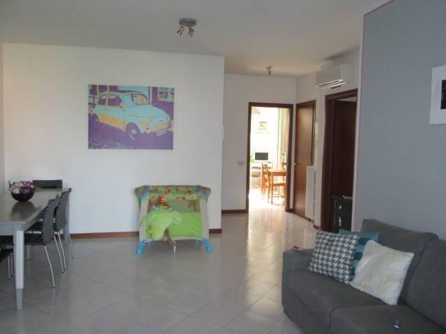 Appartamento in Affitto a Correggio: 2 locali, 90 mq