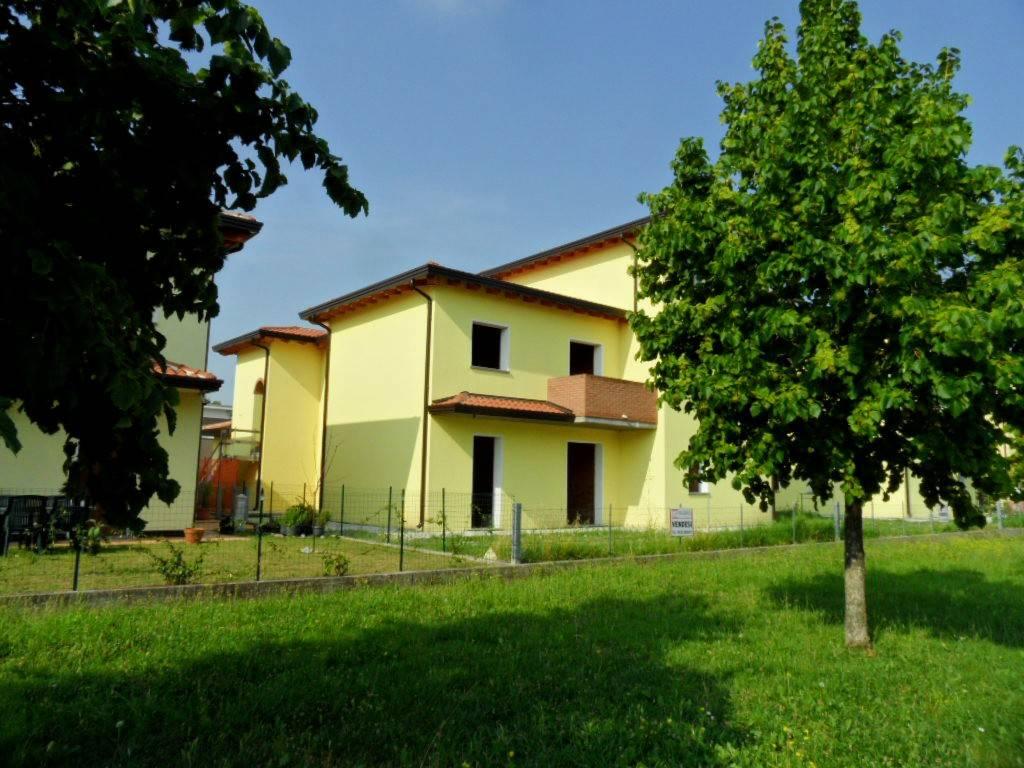 Villa trilocale in vendita a Argenta (FE)