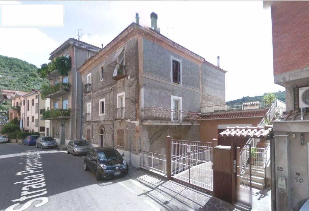 Appartamento in ottime condizioni in vendita Rif. 4425802