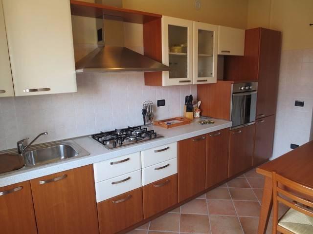 Appartamento in ottime condizioni in vendita Rif. 4473654