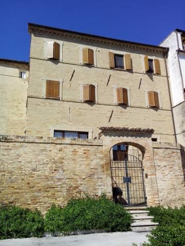 Casa indipendente 5 locali in vendita a Montegranaro (FM)