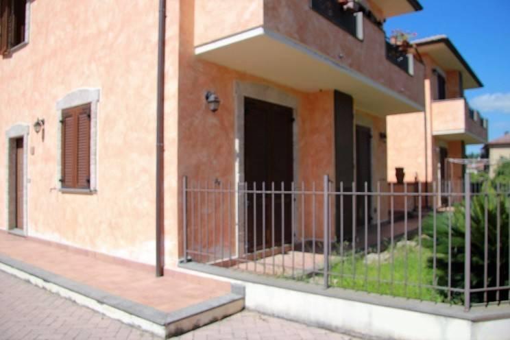 Appartamento in vendita a Passignano sul Trasimeno, 3 locali, prezzo € 150.000 | PortaleAgenzieImmobiliari.it