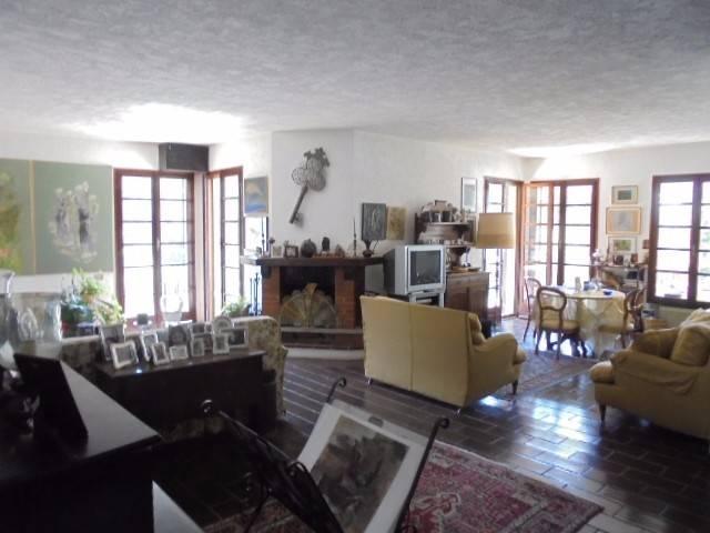 Villa in vendita a Vallebona, 6 locali, prezzo € 700.000 | CambioCasa.it