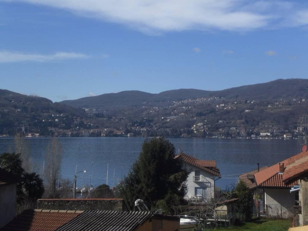 Monolocale Vista Lago Arredato