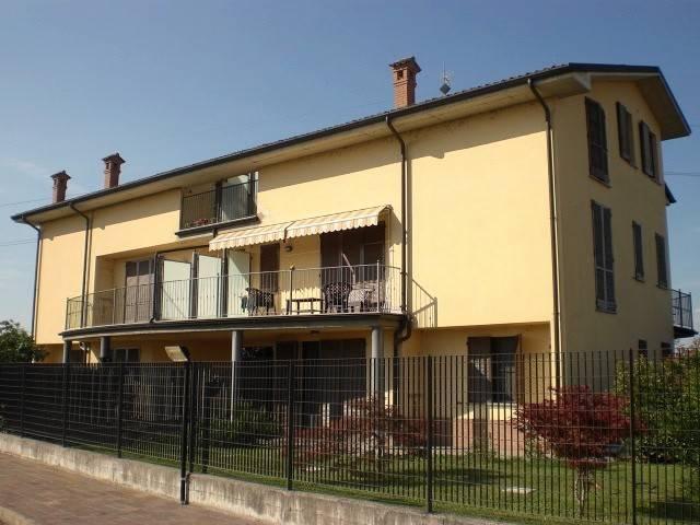 Appartamento in vendita a Albuzzano, 3 locali, prezzo € 129.000   CambioCasa.it