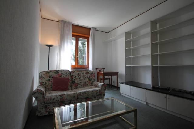 Bilocale Milano Via Privata Delle Primule 12