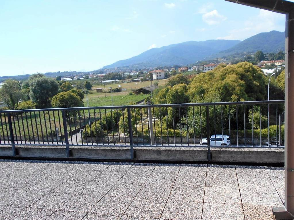 Attico / Mansarda in vendita a Pescia, 3 locali, prezzo € 87.000 | PortaleAgenzieImmobiliari.it