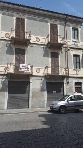 Negozio / Locale in vendita a Canale, 3 locali, prezzo € 79.000 | CambioCasa.it
