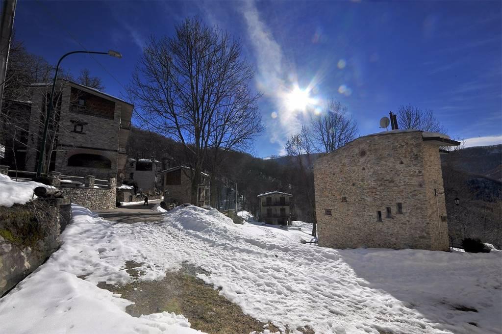 Trilocale stagione invernale a San Giacomo di Roburent