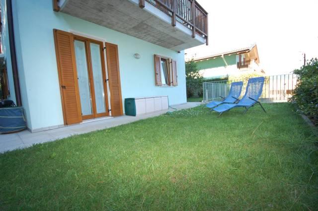 Appartamento in buone condizioni parzialmente arredato in vendita Rif. 4481780