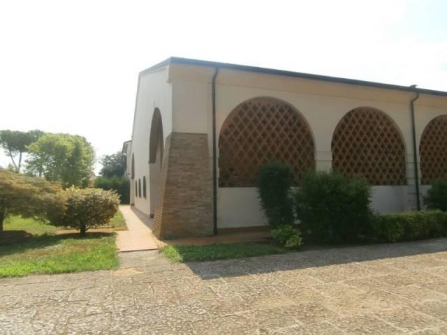 Rustico / Casale in vendita a San Giorgio di Mantova, 9999 locali, prezzo € 290.000   CambioCasa.it