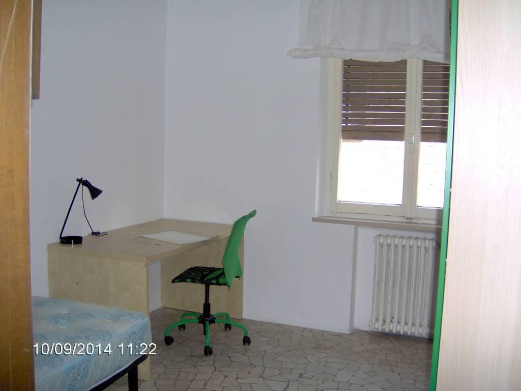 Stanza / posto letto in affitto Rif. 7690860