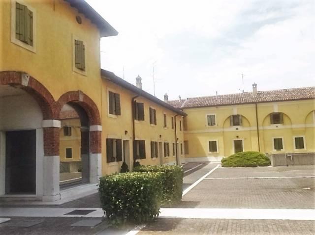 Bilocale Verona Via Palazzina 8