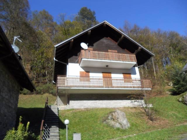 Villa in buone condizioni arredato in vendita Rif. 4907245
